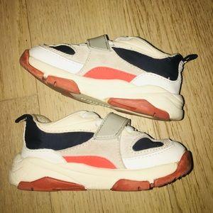 Zara Sneakers - Sz 7 ‼️